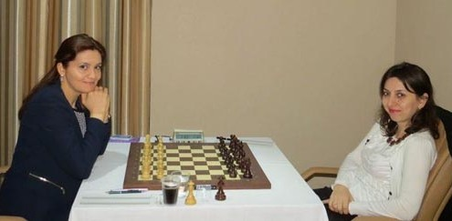 Mihaela Sandu - Lela Javakhishvili, before round 5. Photo by Sofiko Nikoladze